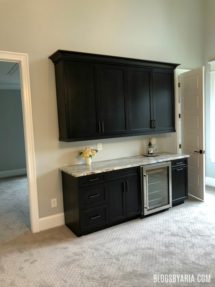 bonus room wet bar perfect for a man cave or game room