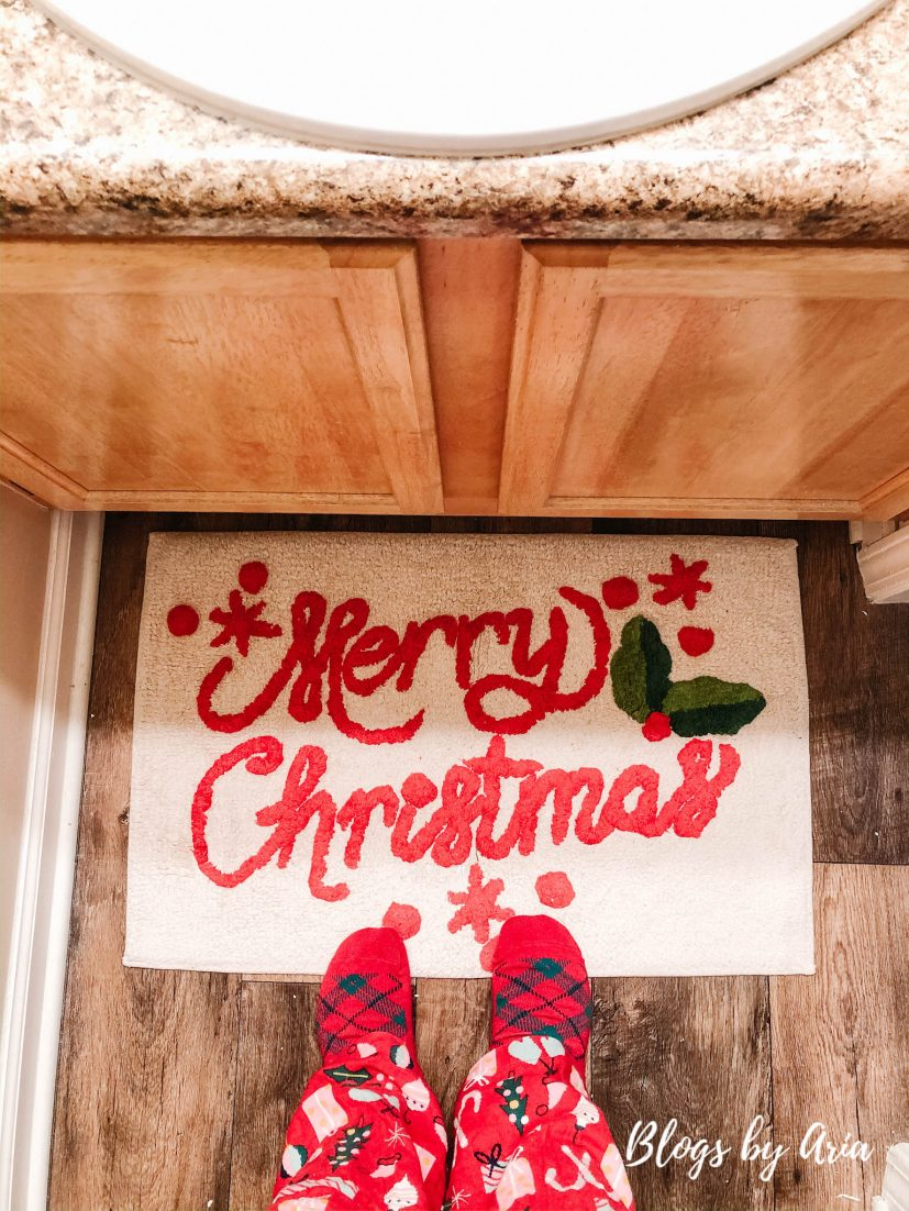 Merry Christmas bathroom rug